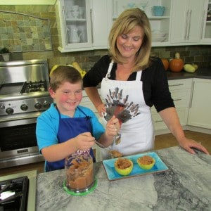 This Homemade Applesauce Recipe is Quick & Easy Adding an Element of Family Fun to Side Dishes