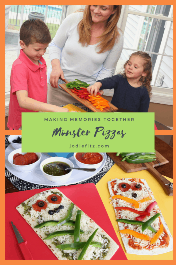 Monster Pizza for fun Halloween Snacks #monsterpizza #halloweensnacks #halloweendinnerideas