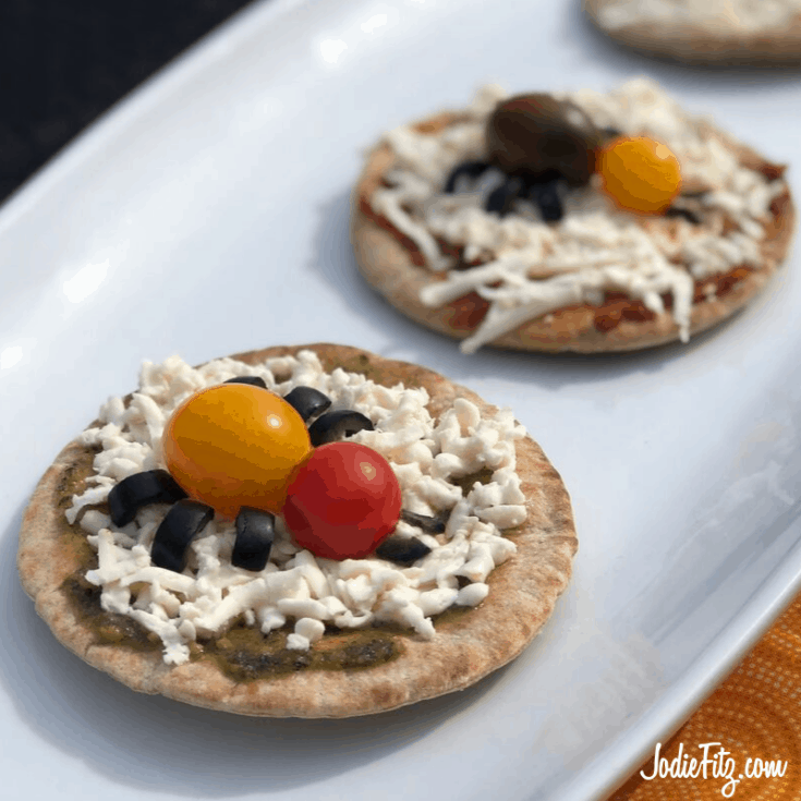 Spider Pizza healthy Halloween snack